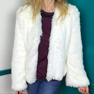 Xhilaration white faux fur lightweight jacket